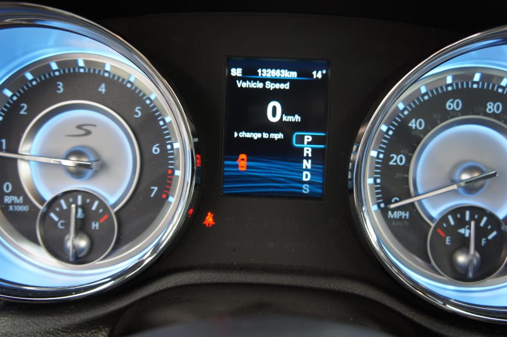 Chrysler-300S AWD-12